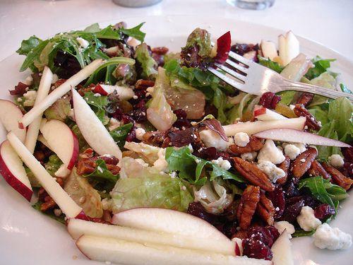 Six in the Suburbs: Tossed Salad with Apple Vinaigrette & Cinnamon Raisin Croutons