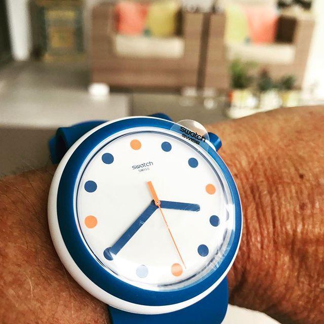 POP! 🍭🍭🍭#swatchwatch #popswatch #goodolddays #pop