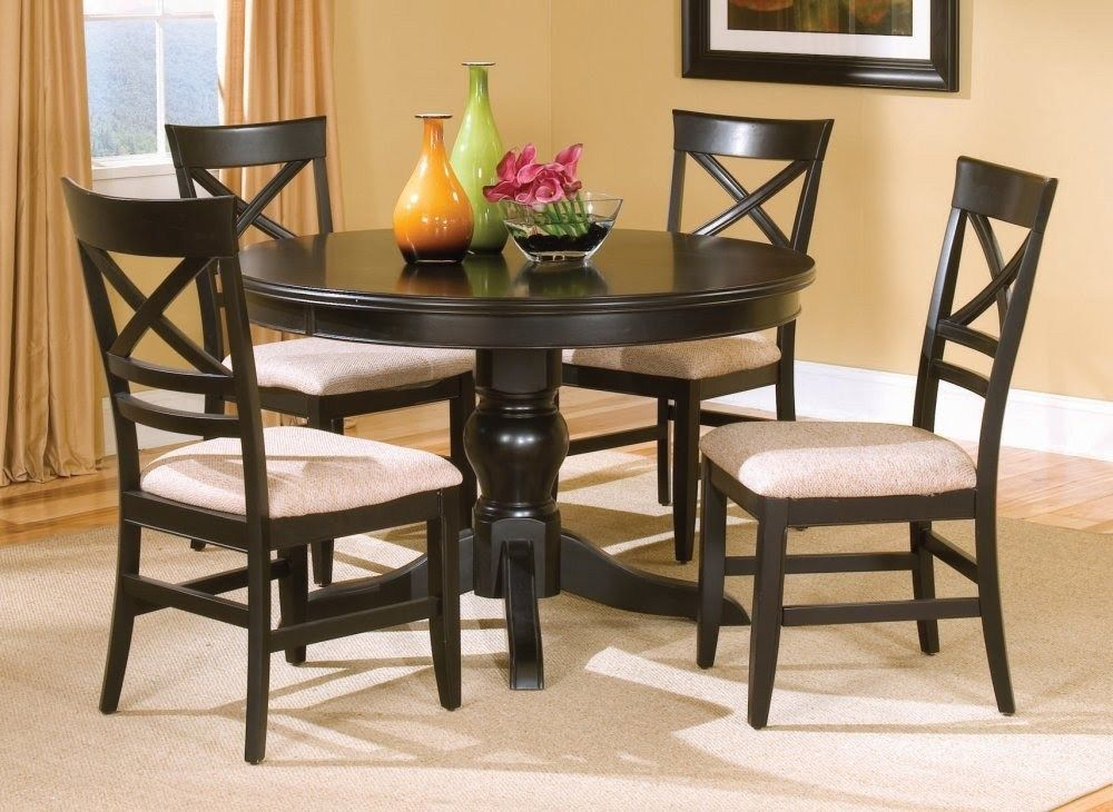 5 Wooden Kitchen Table Ideas For Small Family Home Theappside Small Round Kitchen Table Round Kitchen Table Black Kitchen Table