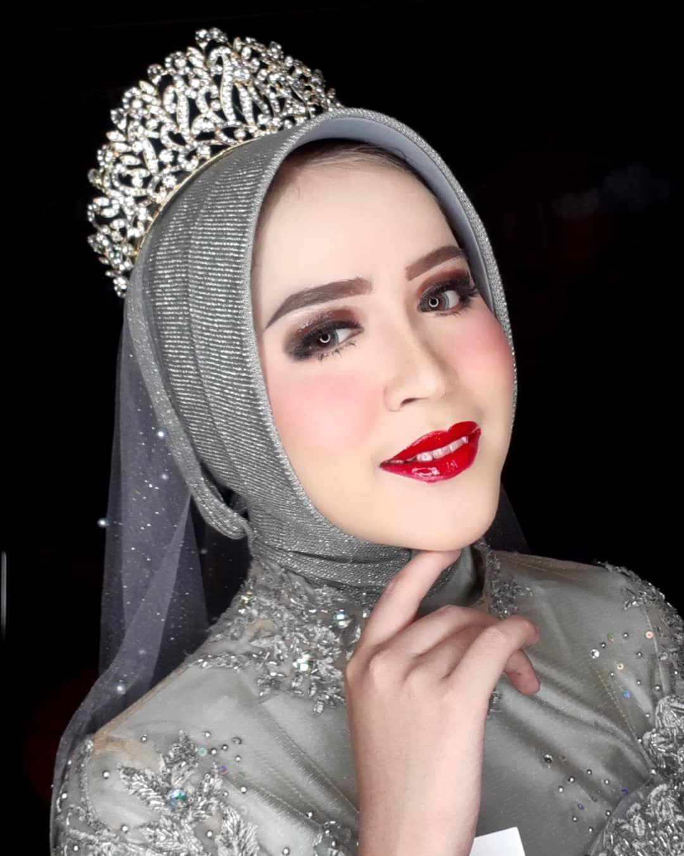 Photo of wedding makeup hijab #wedding #makeup #weddingmakeup wedding makeup hijab #weddi…
