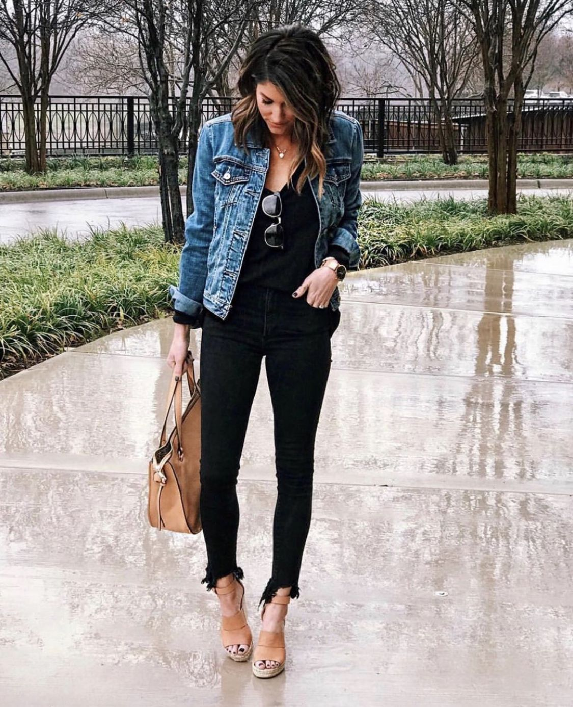 Weekly Recap July Week 3 4 The Sister Studio Jeans Outfit Women Stylish Spring Outfit Jacket Outfits [ 1387 x 1125 Pixel ]