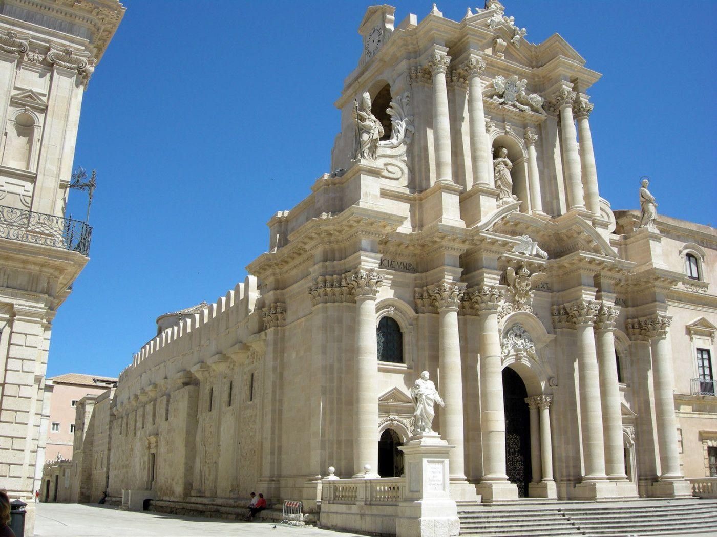 Cattedrale di Siracusa. Italia: cinque meraviglie che mi sono rimaste nel cuore – La sottile linea d'ombra