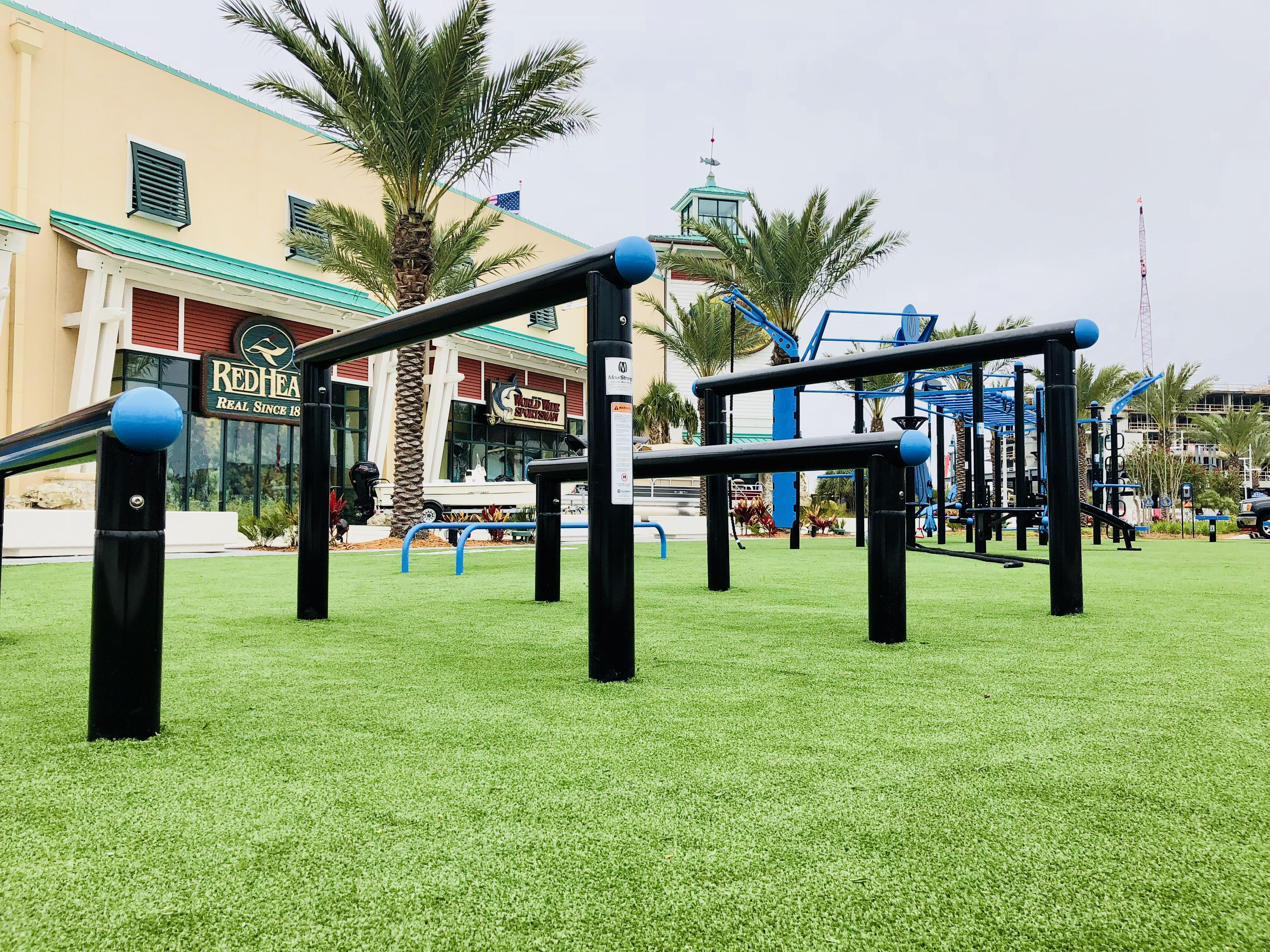 Over/under agility post for outdoor obstacle course and functional ...