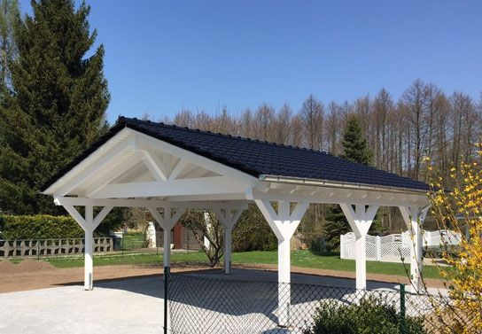 carport wei mit satteldach solarterrassen carportwerk. Black Bedroom Furniture Sets. Home Design Ideas