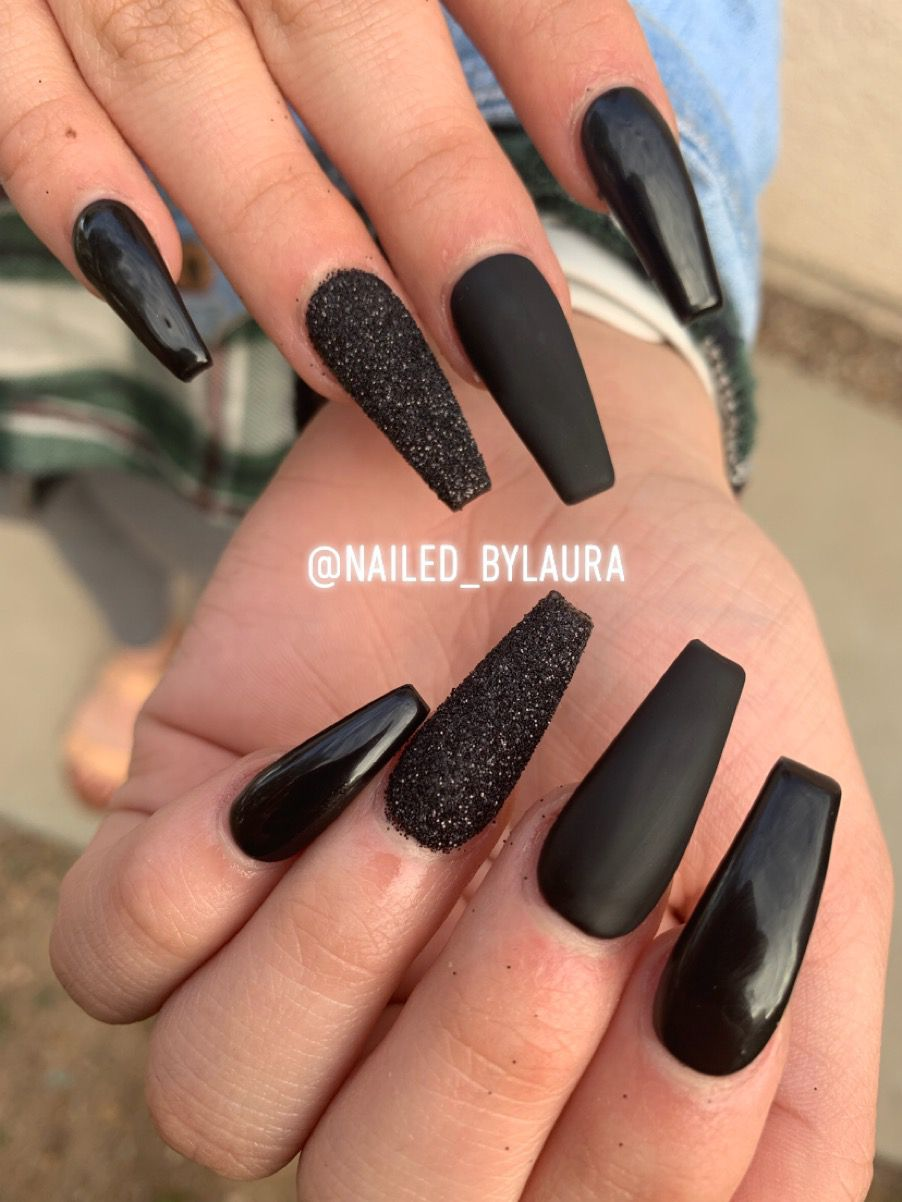 Black Nails Nails Design With Rhinestones Black Nails With Glitter Black Nail Designs