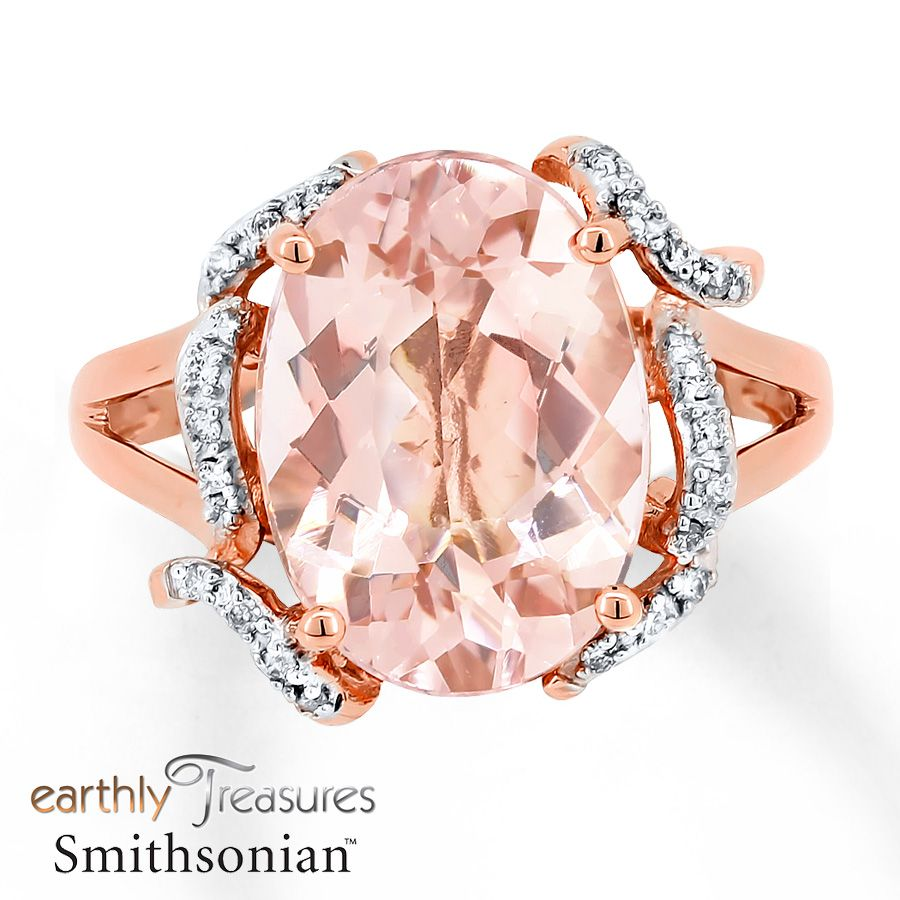 This elegant ring from the Earthly Treasures Smithsonian collection