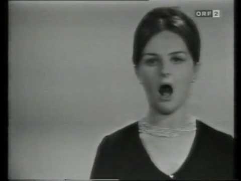 31 Edita Gruberova 1971 Zauberflöte Der Hölle Rache Kocht In Meinem Herzen Youtube Rache Youtube Zauber