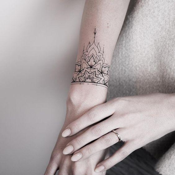 47 Tattoo Designs For Women: Delightful Wrist Band Tattoo Designs For Girls