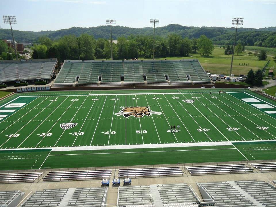 Peden Stadium After A Fresh Coat Of Paint On The New Turf 2013 Ohio Bobcats Football Ohio University Football Stadiums