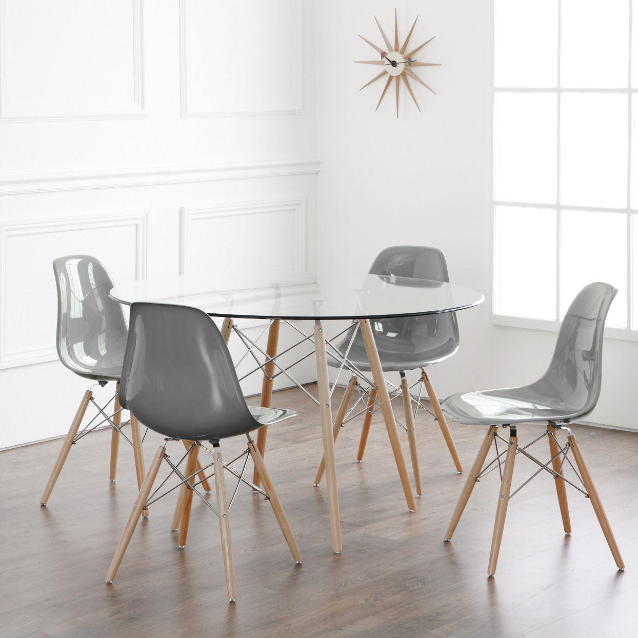 DSW Chair in Fibreglass DSW Chair in