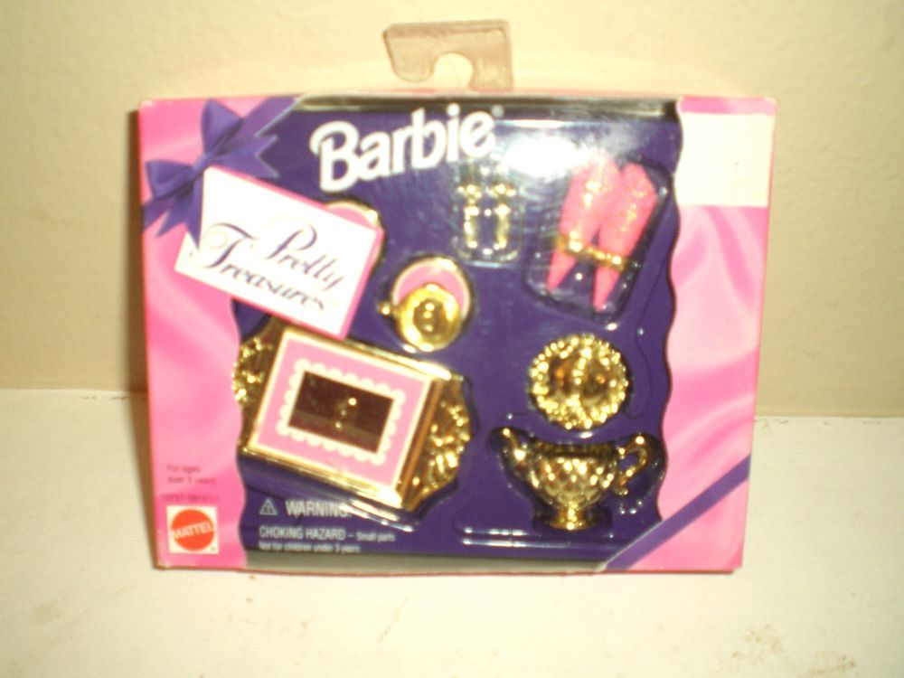 NRFB  Barbie PRETTY TREASURES (1995) ACCESSORIES
