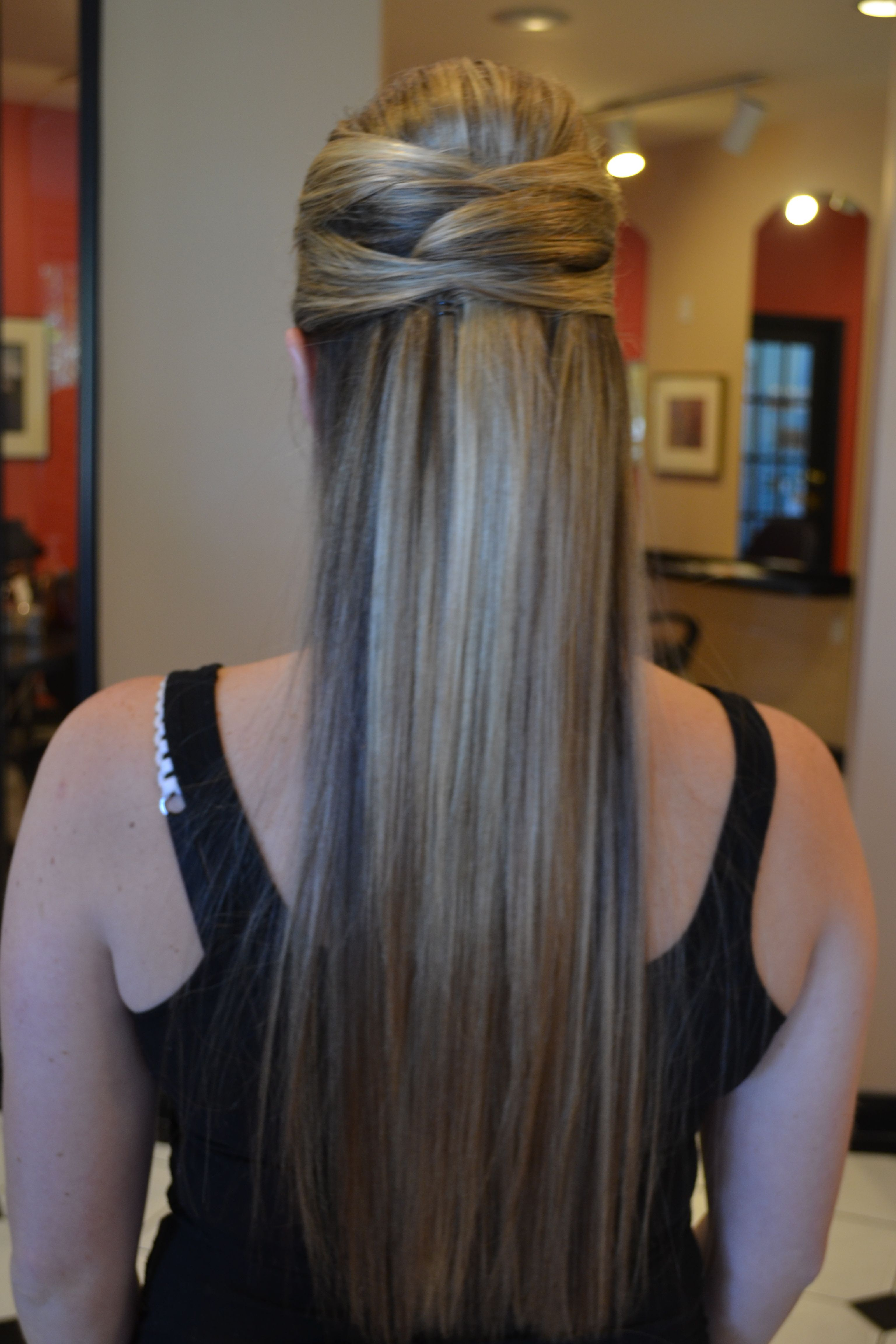 Simple bridesmaid hairstyle for wedding long straight hair