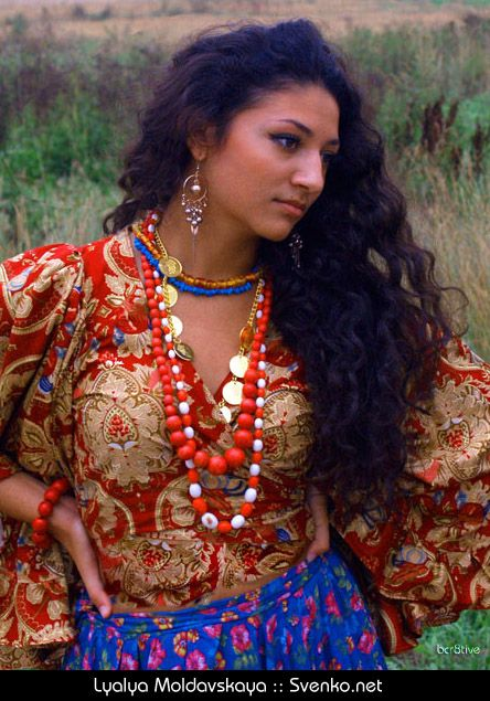 Lyalya Moldavskaya Gypsy Dancer  Boho Haute Hippie In -5783