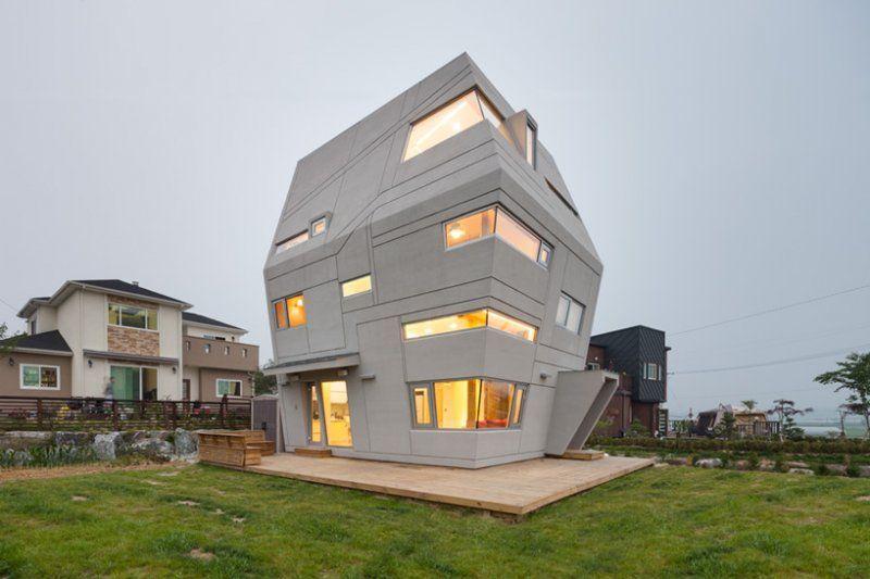 Architect: Moon Hoon