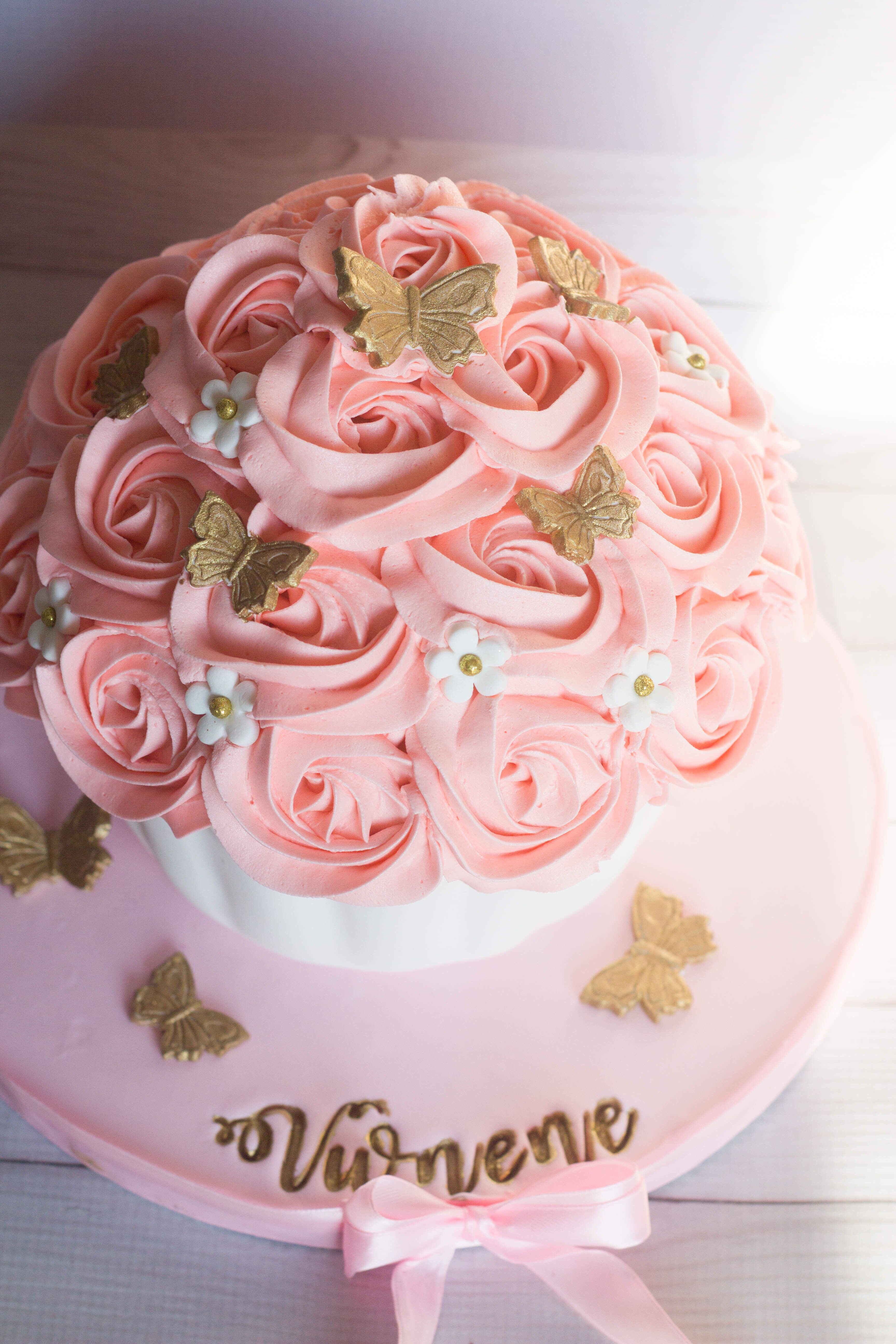 Pink And Gold Giant Cupcake With Images Giant Cupcake Cakes