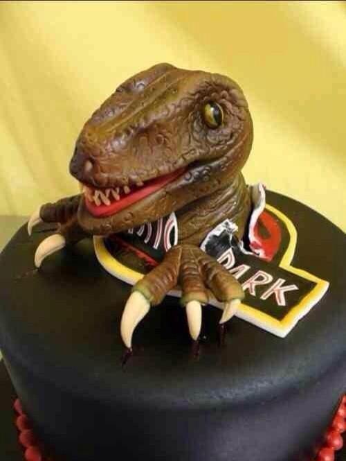 Wow !!!!!!!!! Súper pastel de Jurassic Park con velociraptor incluído !!!                                                                                                                                                                                 Más