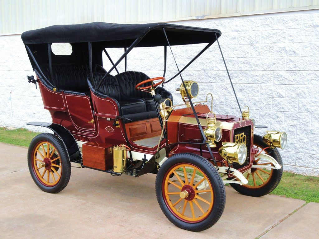 Reo Car: 1905 REO Two-Cylinder Five-Passenger Detachable Tonneau