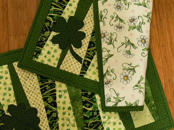 st patricks day quilted placemat set of 2 by quiltedoccasions st patrick 39 s day pinterest