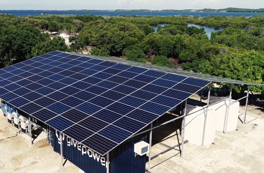 Kenyan Village Installs Solar Pv Powered Desalination Plant In 2020 Solar Drinking Water Solar Pv