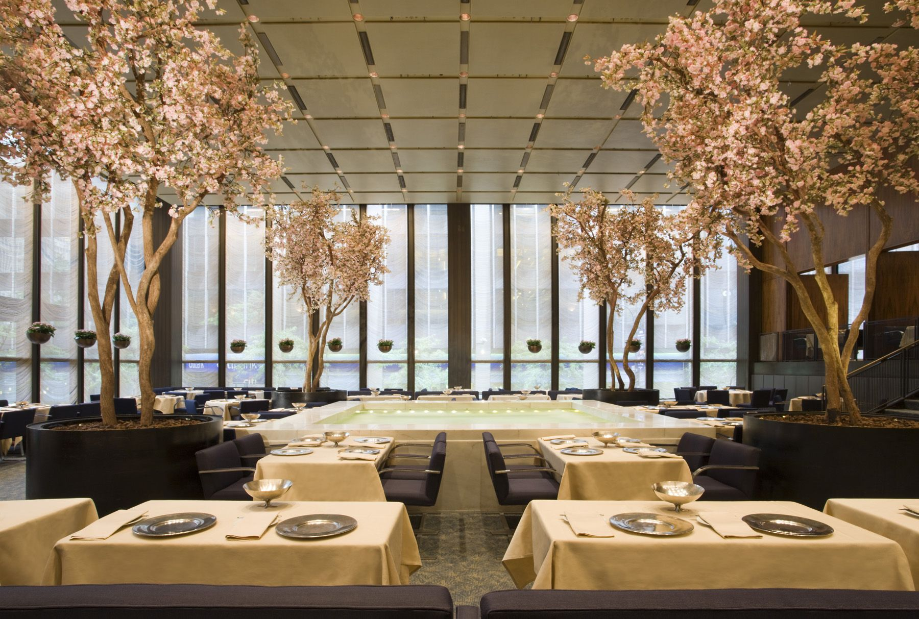 Top 10 Most Beautiful Restaurants In The World Luxuo