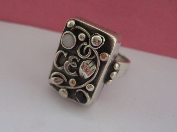 Jugendstil ring. Silver, spphire and opal. Stamped 'Handarbeit'. Sold on Etsy. View 4.