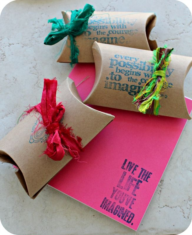 80x55x20mm Diy Black Kraft Paper Pillow Jewelry Display: Stamp Your Chosen Quotes On Our Plain Pillow Boxes