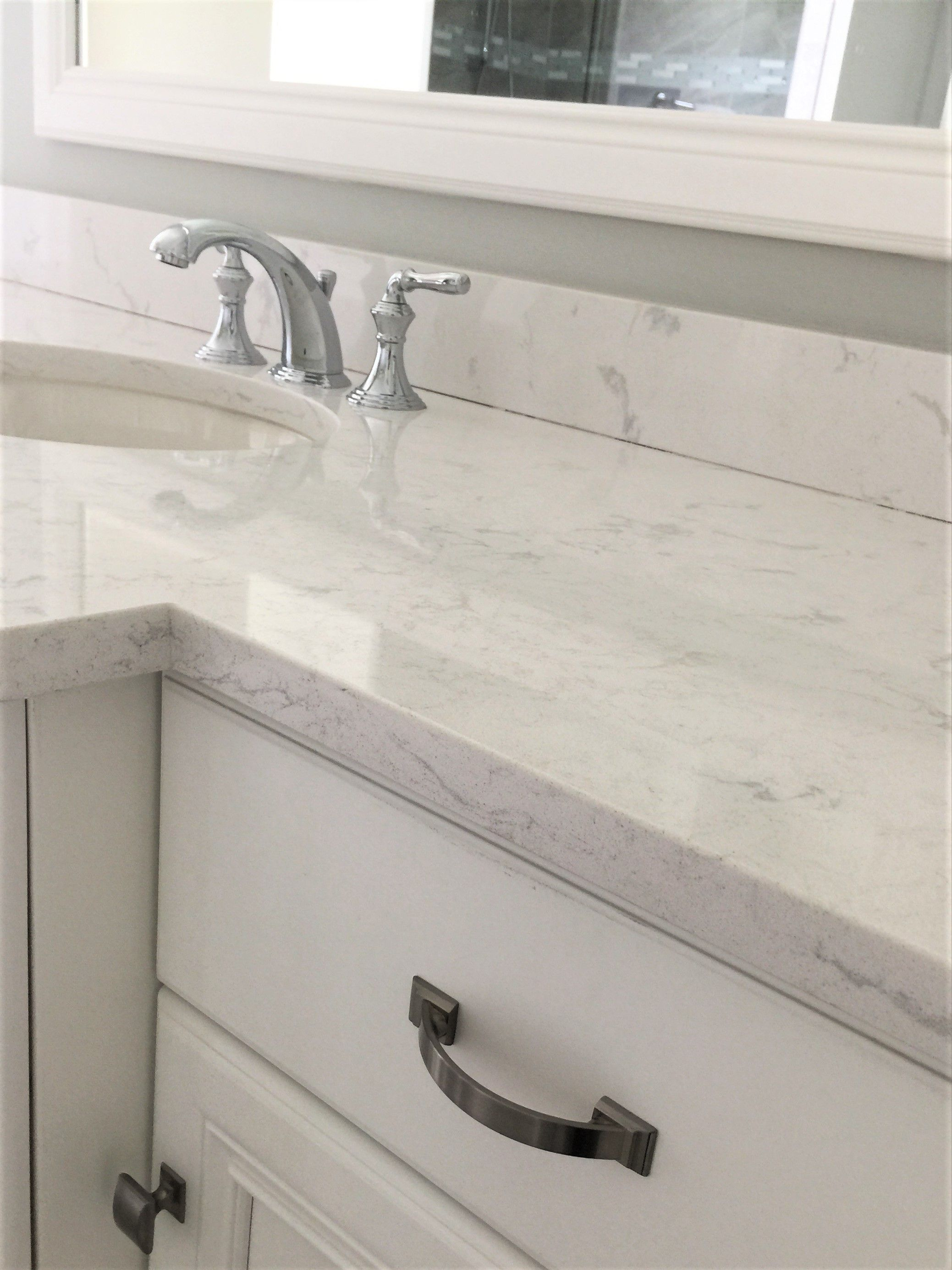 Straight Edge Quartz Beach Bathroom Decor Modern Bathroom Decor Countertops
