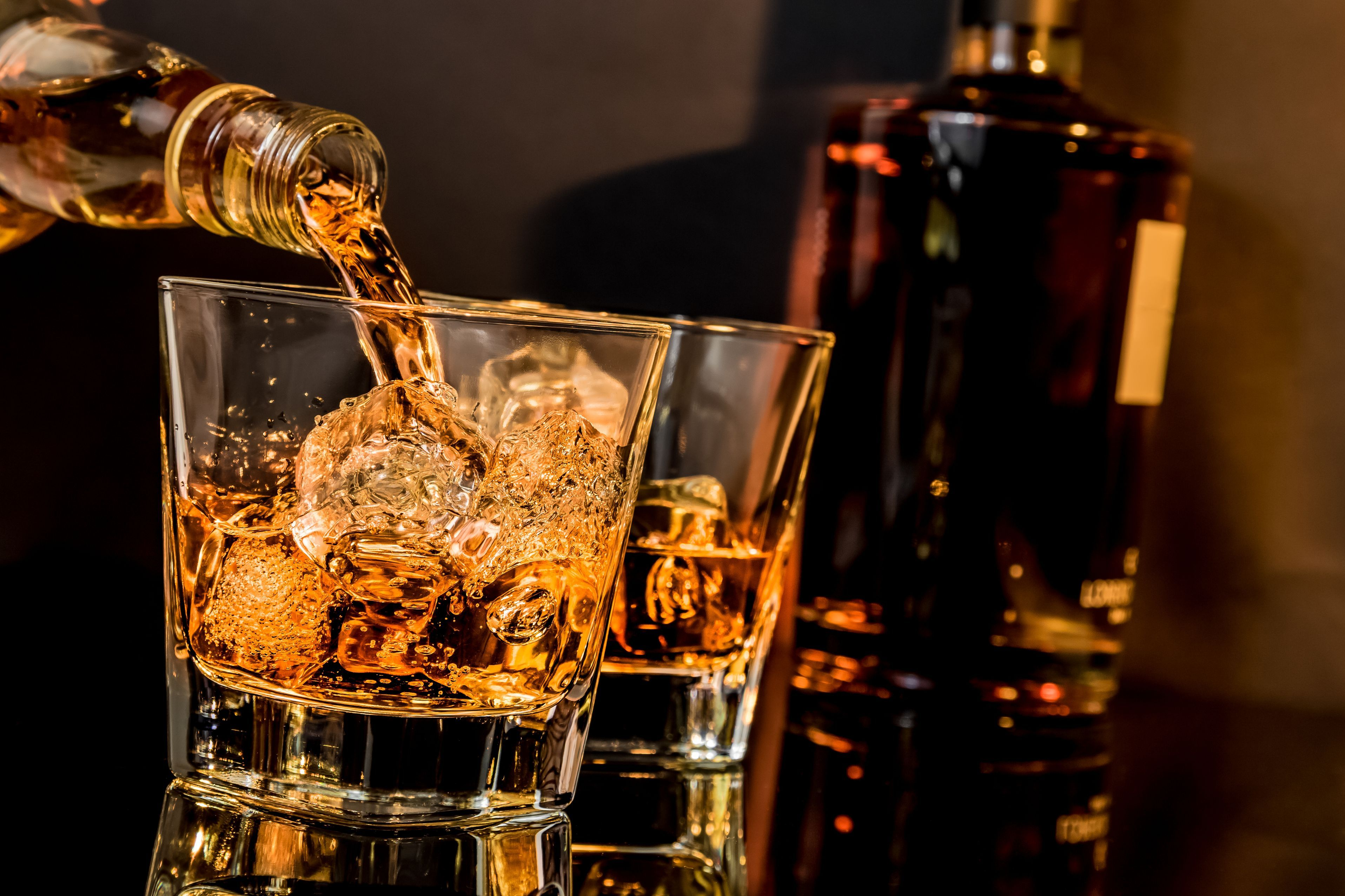6 Ways to Drink Whiskey Like a Boss Whiskey drinks