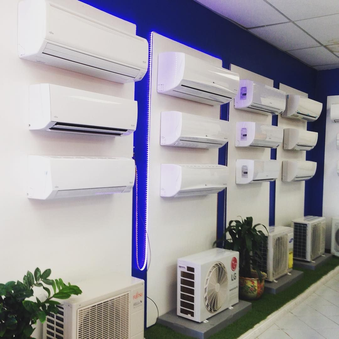 Best Ductless Mini Split Brands In The World California United States D Aircondition Air Conditioner Design Store Design Interior Showroom Interior Design