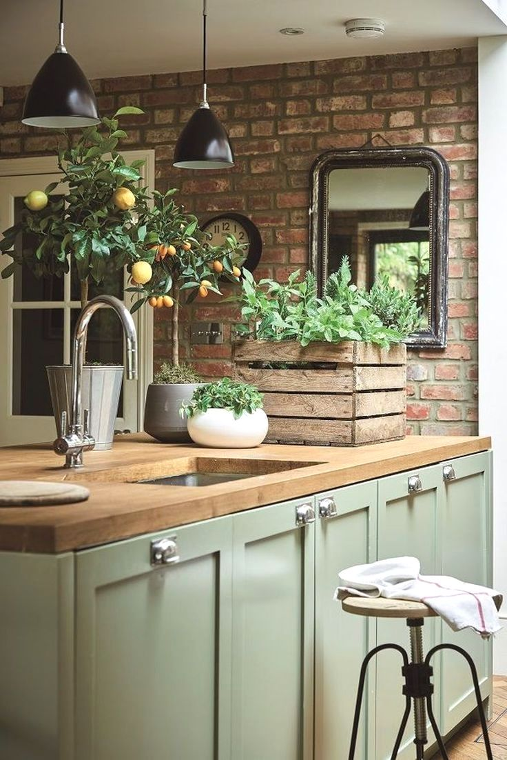 7 Kitchen Bloggers to Follow for Kitchen Inspirati