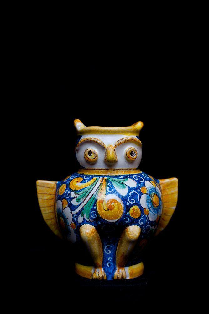 Italian ceramics Owl Vase - Pottery with passion from Sicily. $140,56, via Etsy.