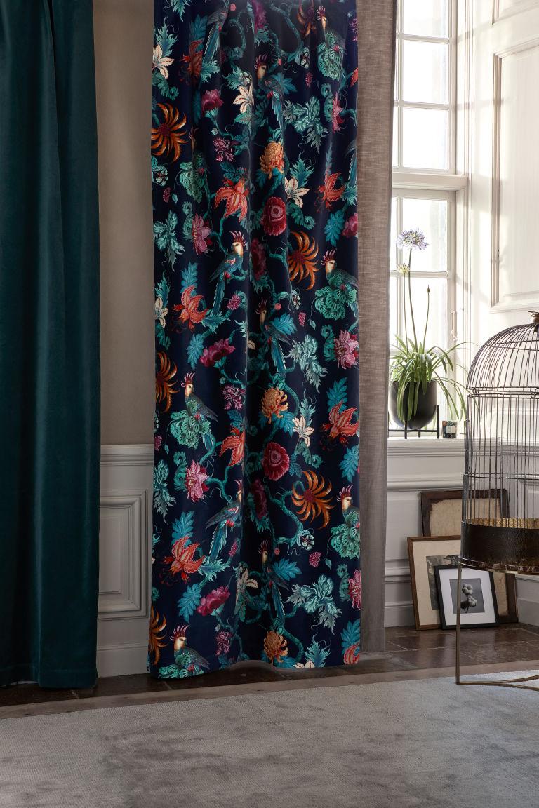 2 Pack Velvet Curtain Panels Dark Blue Floral Home All H M Us Elegant Curtains Velvet Curtains Blue Floral Curtains