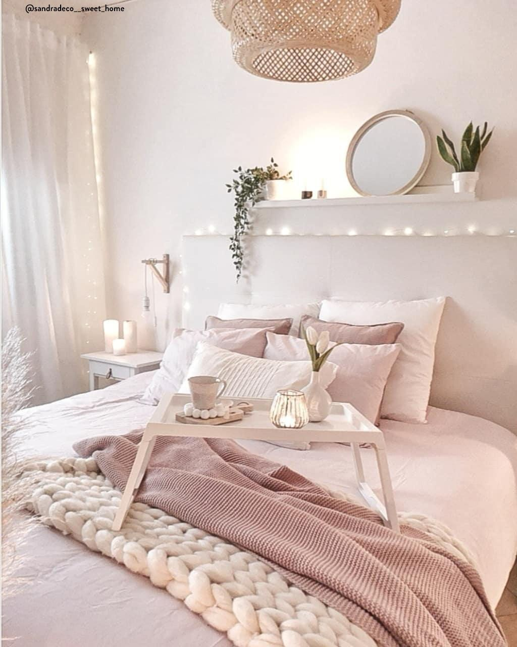 Stworz Swoja Wymarzona Sypialnie Czym Bylaby Sypialnia Bez Wygodnego Lozka Praktycznej Szafki Nocnej Pieknej Poscieli Pink Bedroom For Girls Room Cozy Room