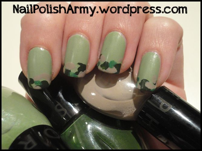 nail-art-green-camo-mimetico-matte-finisher-elf | Nails, nails ...