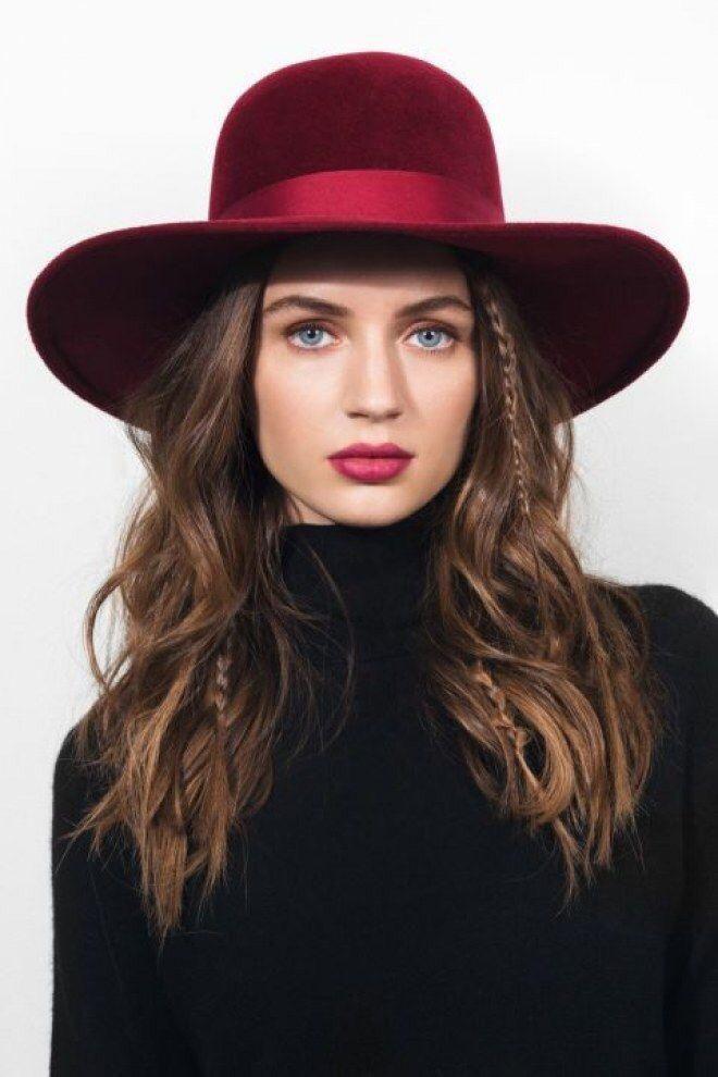 Descubre cómo puedes lucir un estilo boho con sombrero y los peinados más  cool. 9effb406c1f