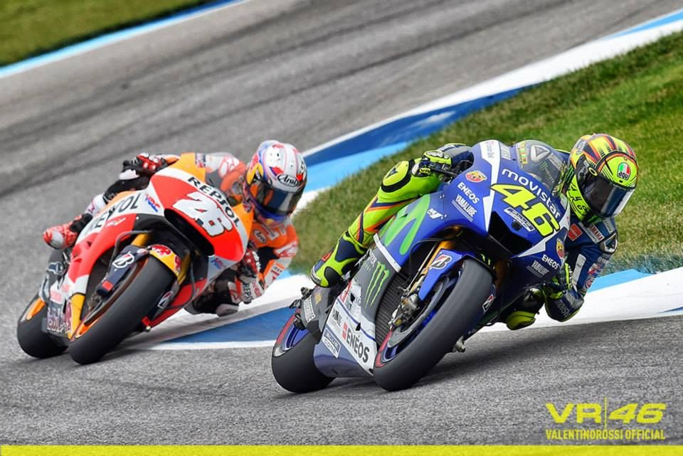 Rossi vs Pedrosa Indianapolis