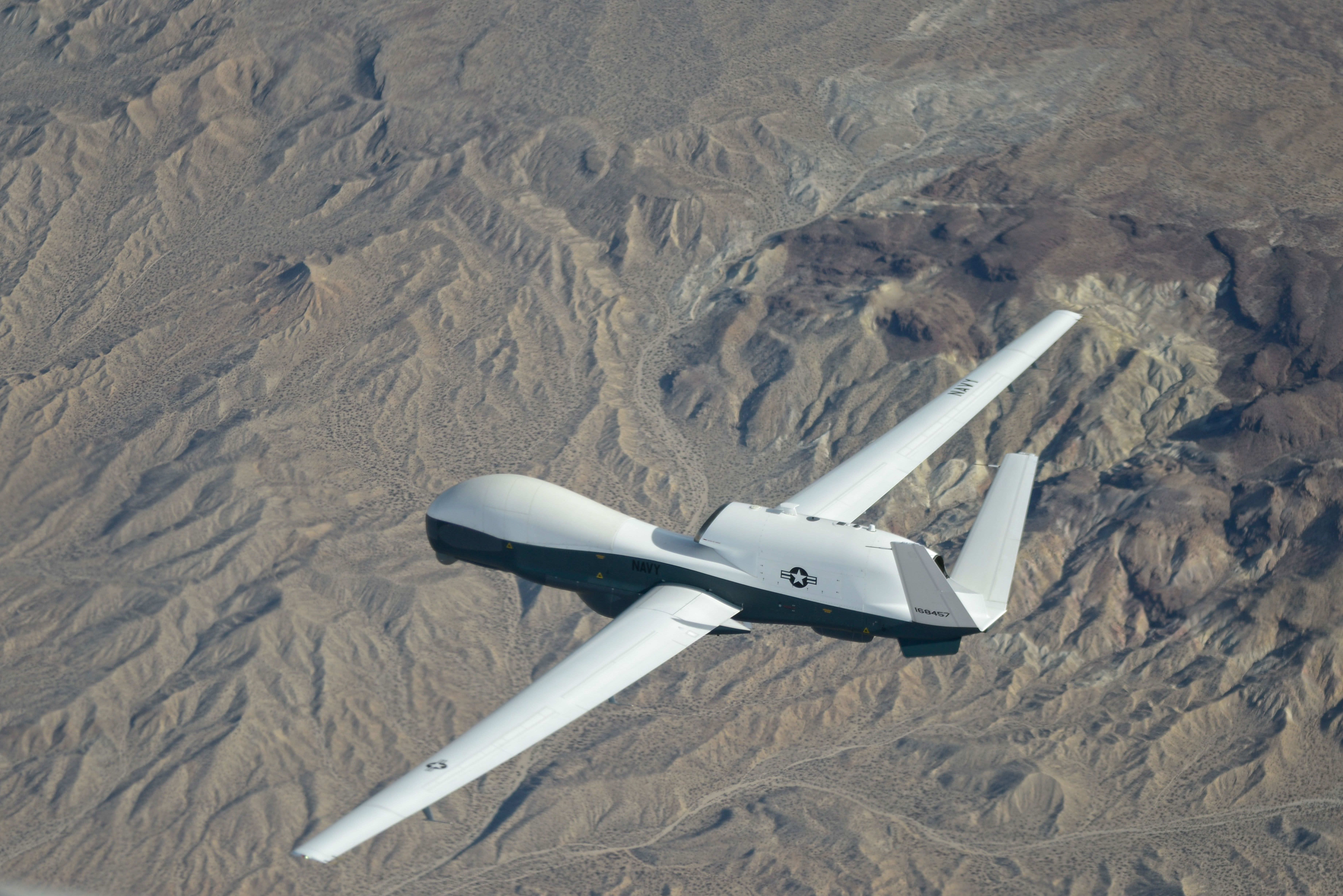 Navy\'s 757-Sized Drone Will Provide Big-Time Surveillance | Aero ...