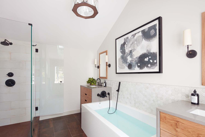 A New England home gets infused with a West Coast coastal vibe ...