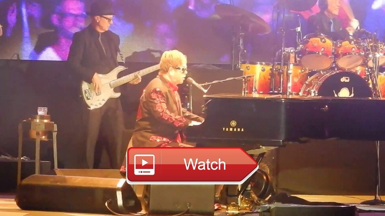 Elton John 1JUL17 Burg Clam Crocodile Rock  Elton John 1JUL17 Burg Clam Crocodile Rock