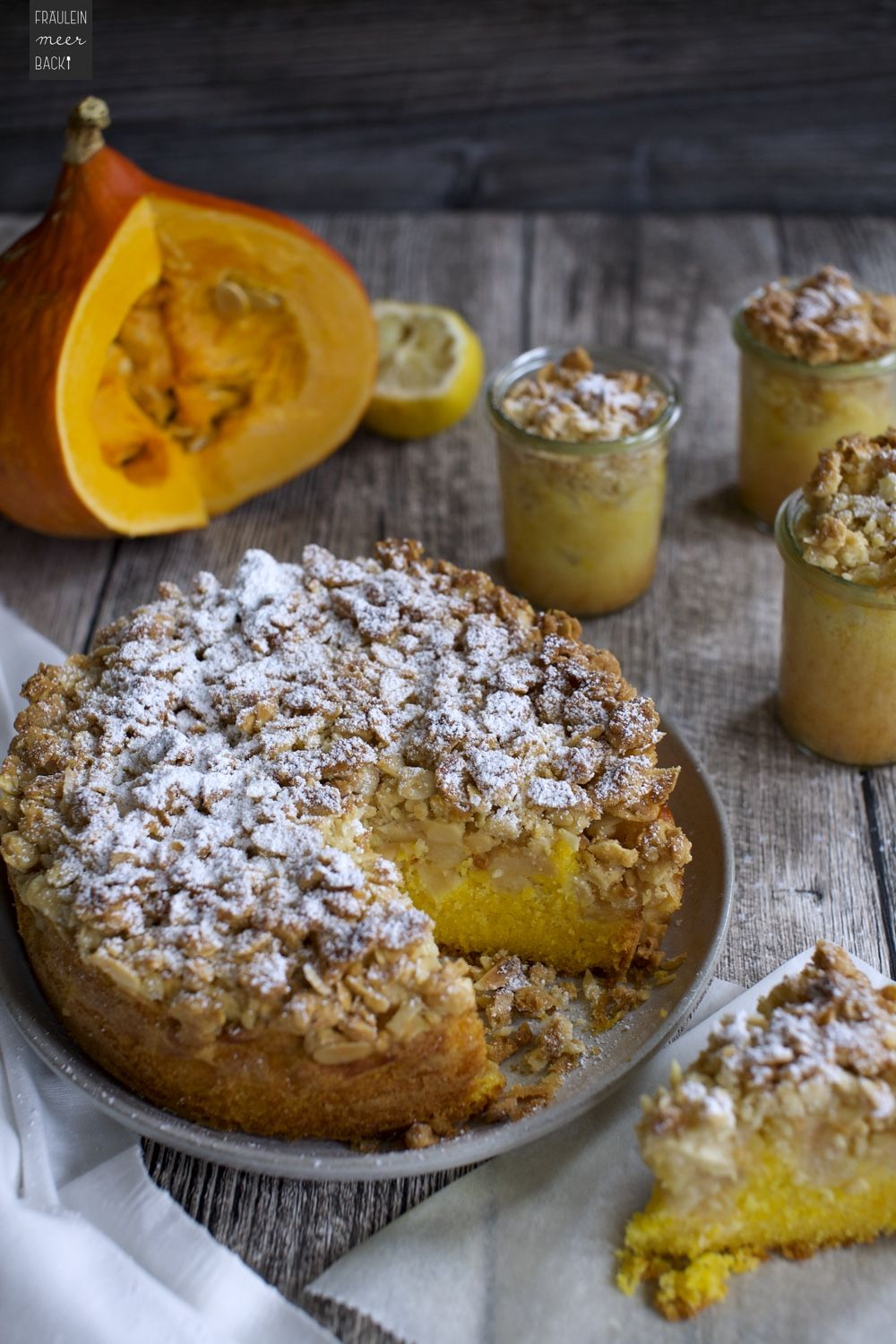 Photo of Pumpkin and apple cake with almond crust