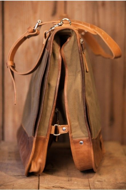 Elkton Garment Bag Waxed Canvas And Leather Garment