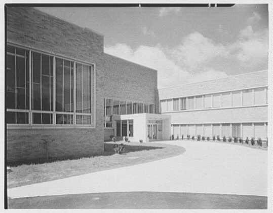 Warner-Lambert Morris Plains - Rear entrance