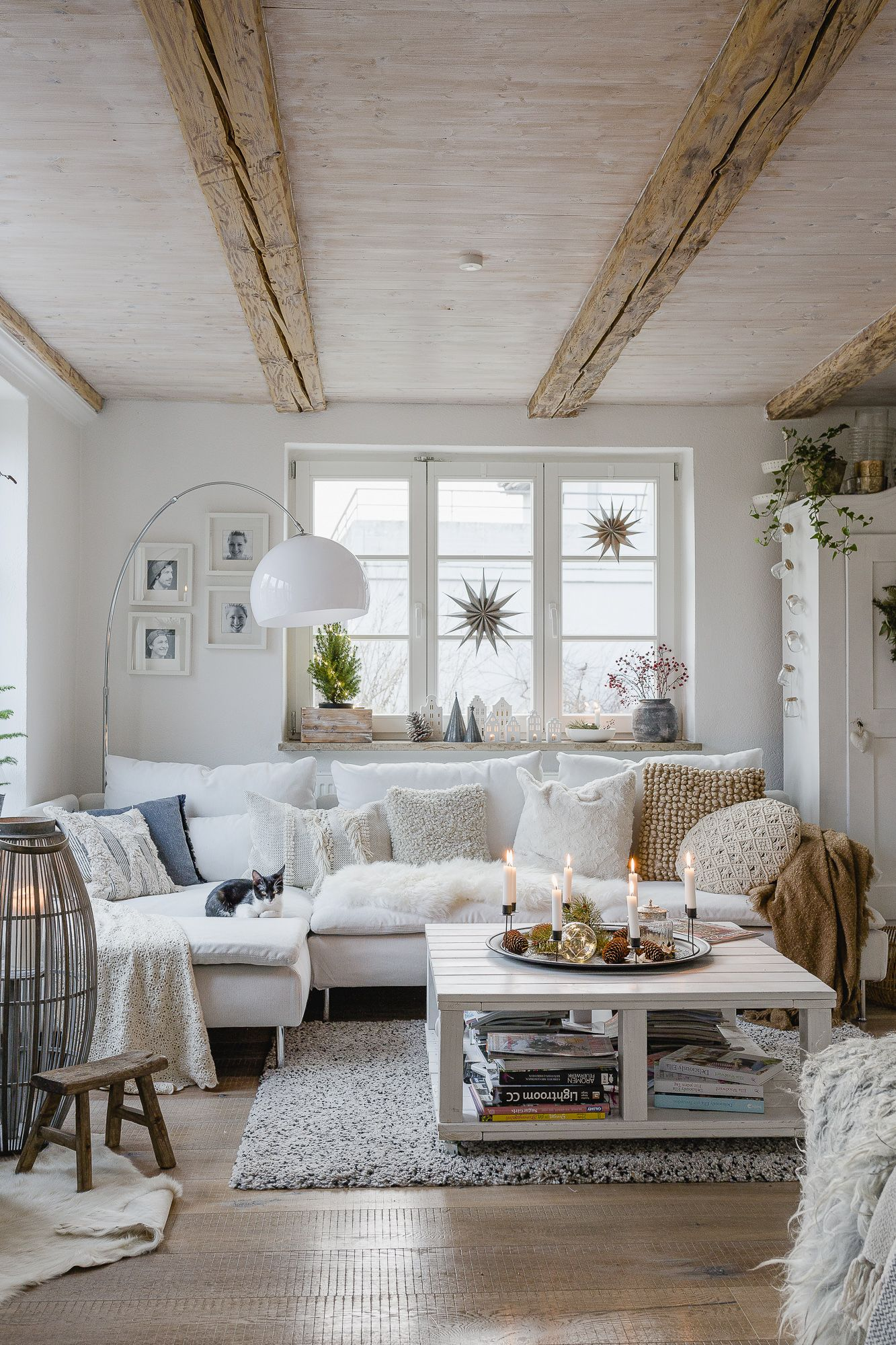 Vom Adventskranz, Weihnachtsdeko und einem neuen Sofa
