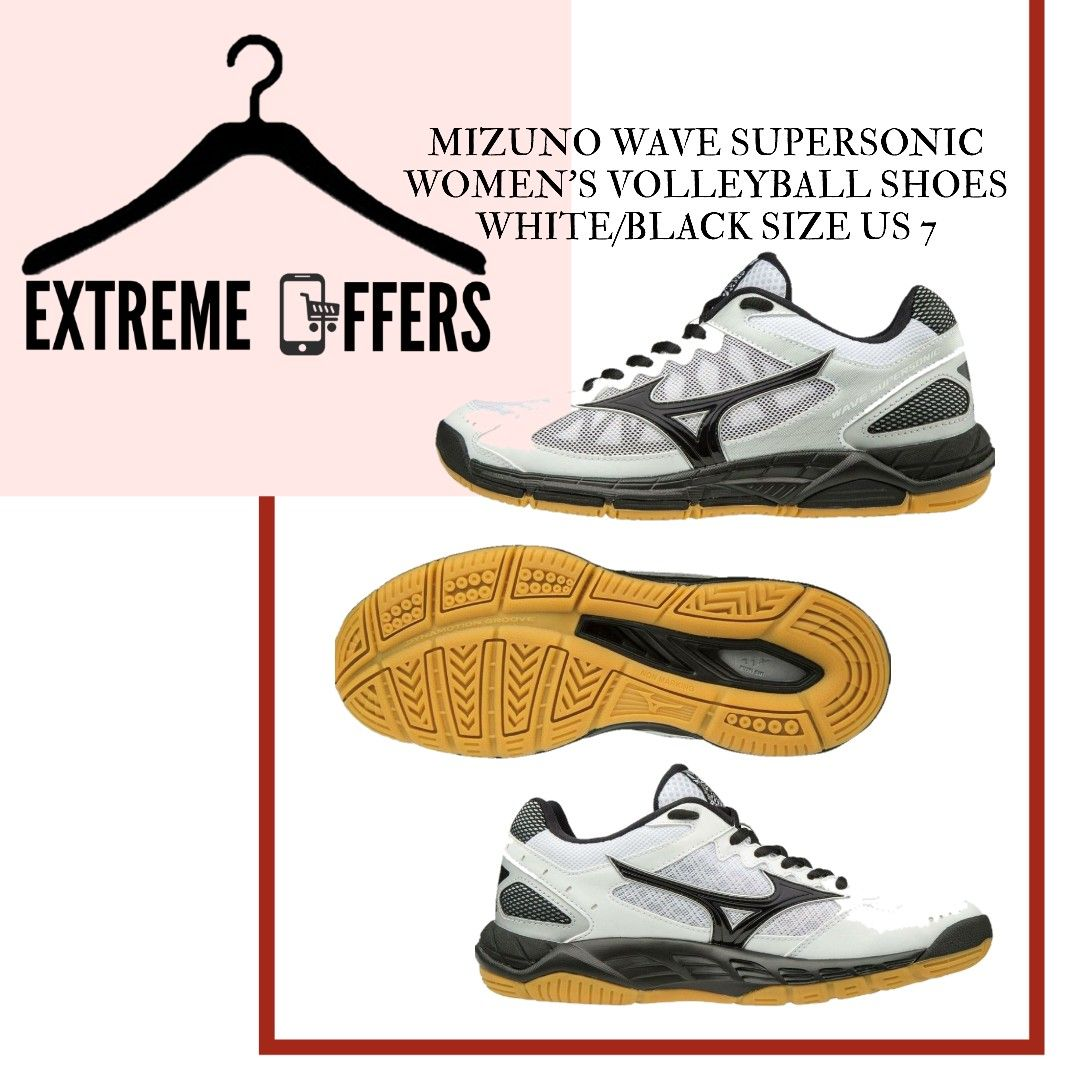 Volleyball Shoes In 2020 Volleyball Shoes Women Volleyball White And Black