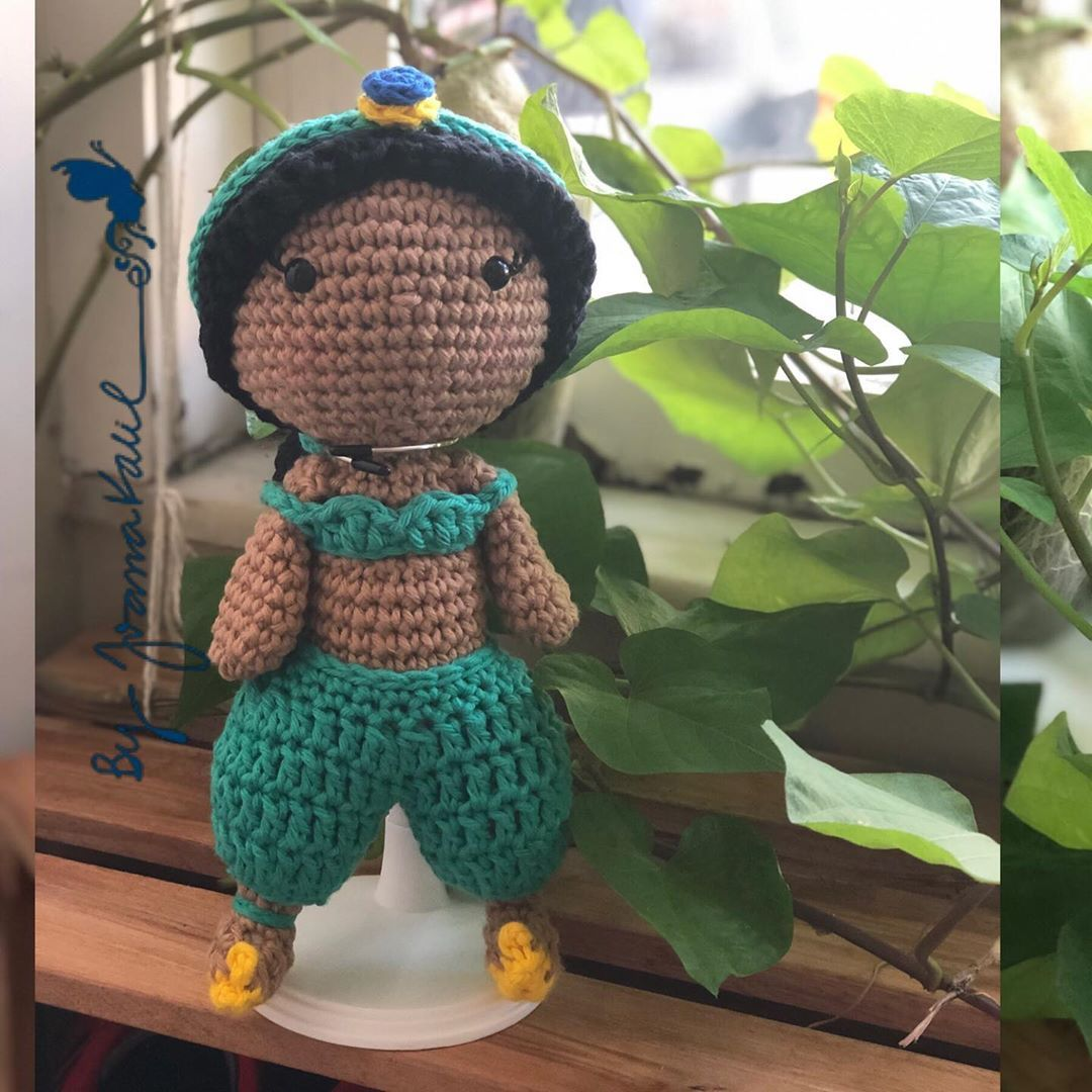 #craft #handmade #diy #doityourself Essa uma histria linda de amor!Jasmine est ansiosa para encontrar com Alladin! Pattern Jasmine: crochelandia.com.br #crochet #craft #handmade #amigurumi #byjoanakalil #by_joanakalil #semprecirculo #life #alladin #salvador #bahia #brasil #jasmine #amigurumidoll