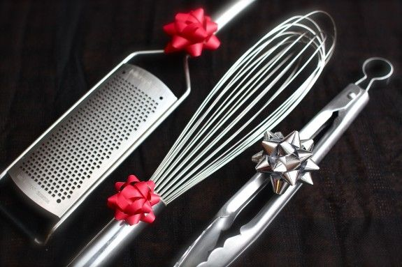 Holiday Gift Guide: My Top Ten Stocking Stuffers for the Kitchen. #holiday #christmas #gifts