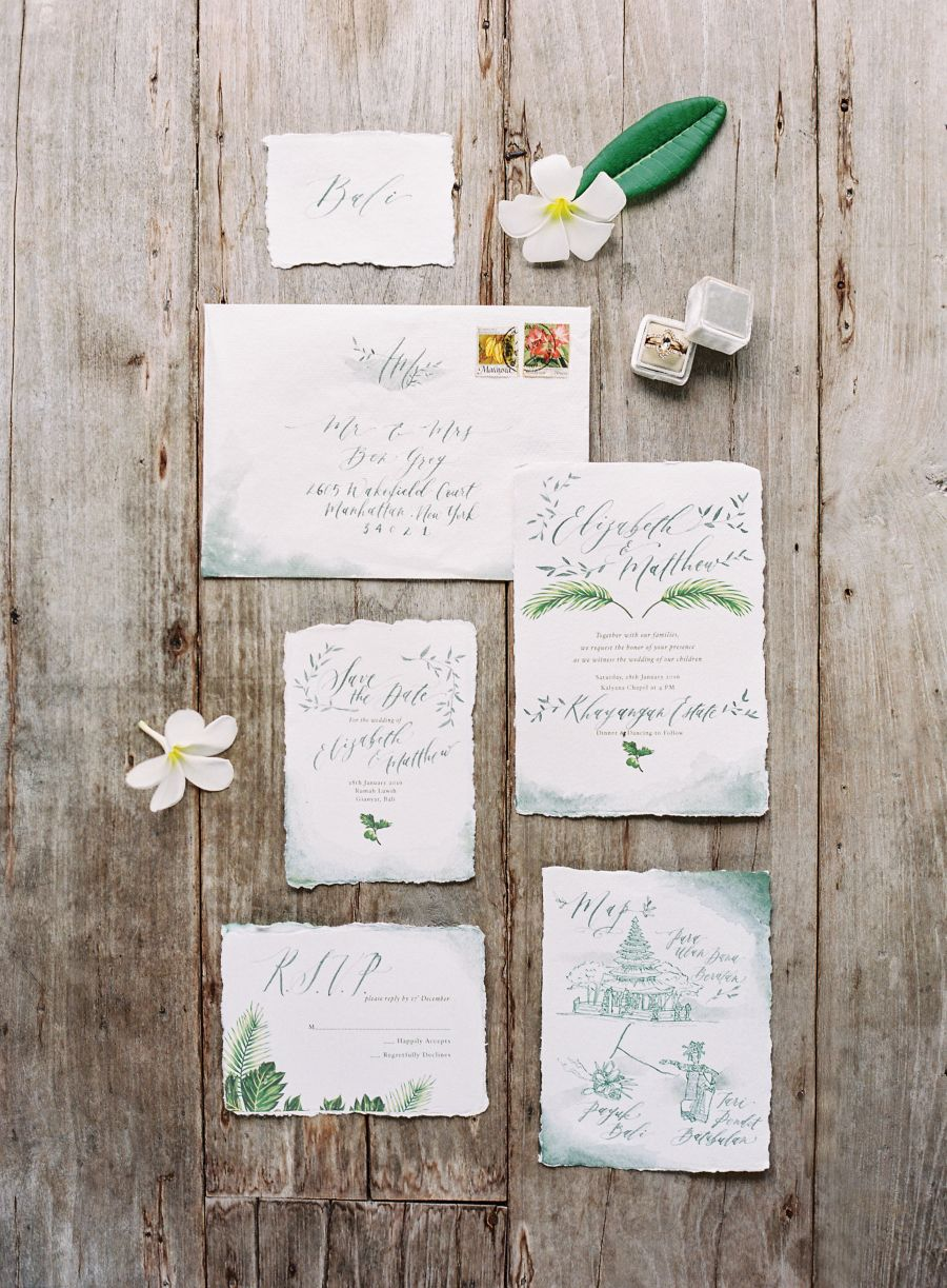 Your Style Guide to a Chic Tropical Wedding | Invitation suite ...