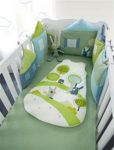 tour de lit modulable b b th me lapir ve vert. Black Bedroom Furniture Sets. Home Design Ideas