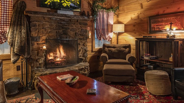 Cabins National Natural Landmark Dismals Canyon In 2020 Cabin Cabin Rules Porch Railing