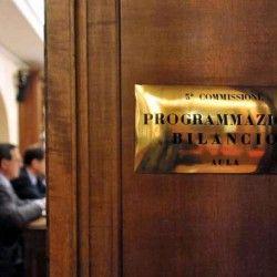 Def l'opposizione contro Padoan Le sue previsioni si basano su fantasie - Il Secolo d'Italia